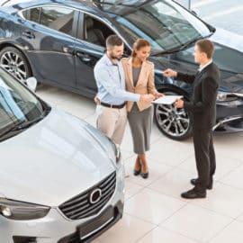Jakie kryteria formalne trzeba spełnić, aby wynająć samochód?
