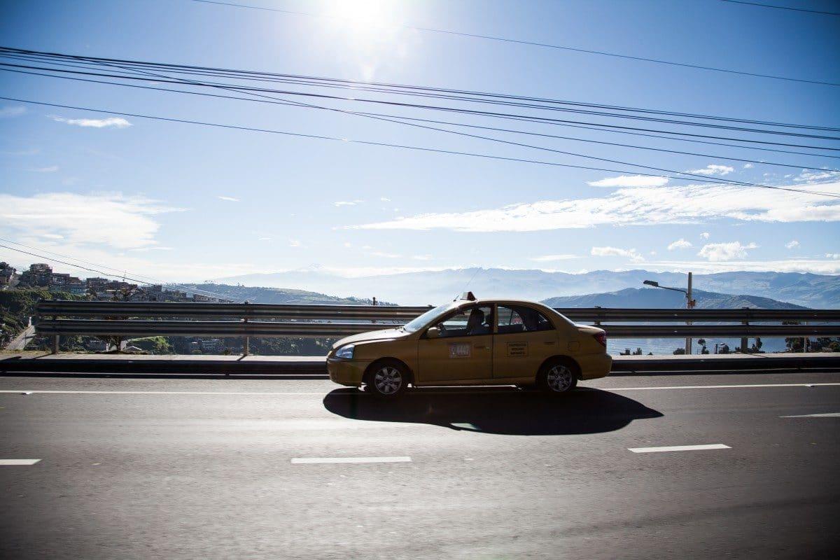 Wakacyjna wyprawa samochodem – porady